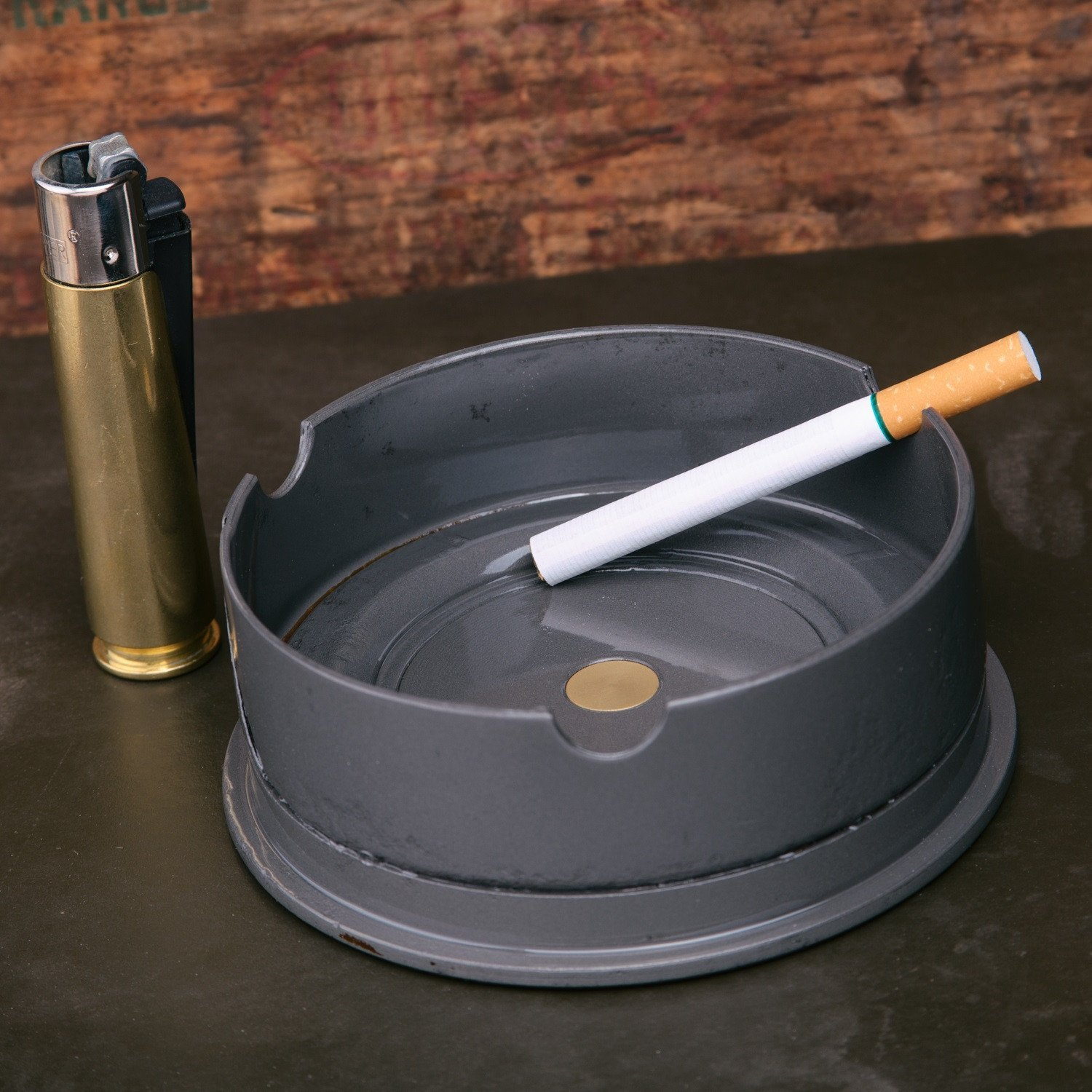LUCKY SHOT Ash Tray - 105mm Howitzer Canon